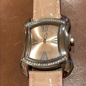 Accessories - Peach watch with Roman numerals and crystals